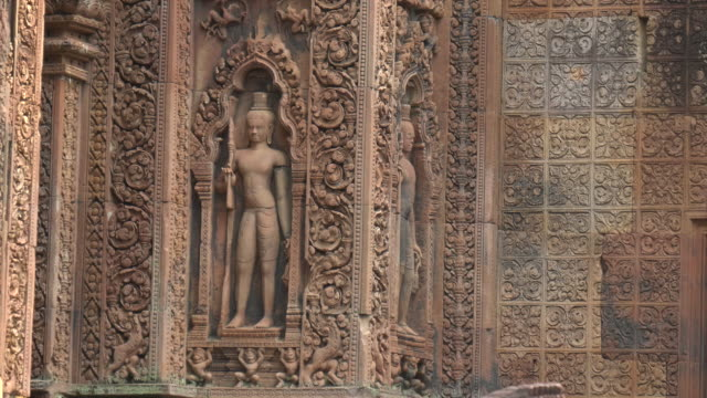 bas relief carving at banteay srei temple in angkor, cambodia