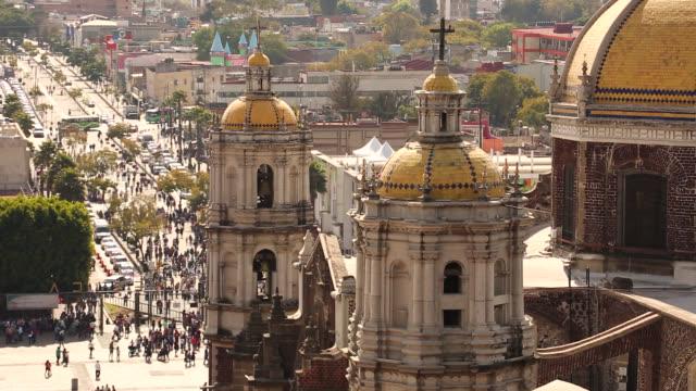 basilica of guadalupe - город мехико стоковые видео и кадры b-roll