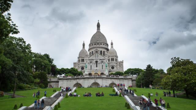 time lapse: basilique du sacre coeur - montmatre utsikt bildbanksvideor och videomaterial från bakom kulisserna