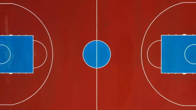 vídeos y material grabado en eventos de stock de cancha de baloncesto como se ve desde arriba - basketball hoop