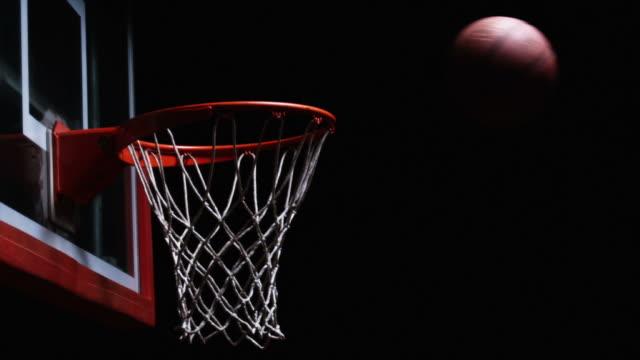 vídeos y material grabado en eventos de stock de canasta de baloncesto - basketball hoop