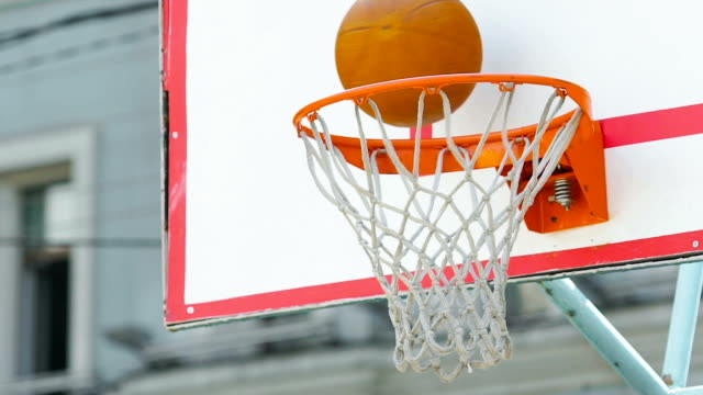Basketball team fails to score three-pointer during match, loss in competition video