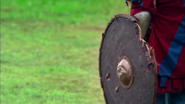 A battle. The fight of the Vikings. Medieval warriors video