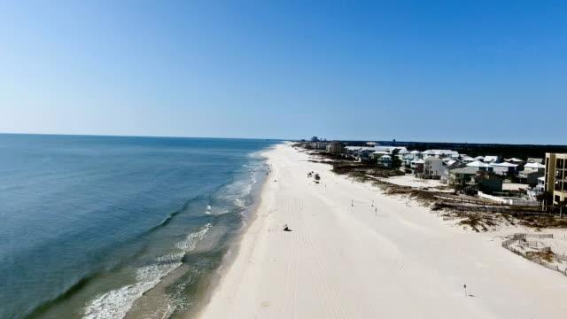 beach fly up - alabama filmów i materiałów b-roll