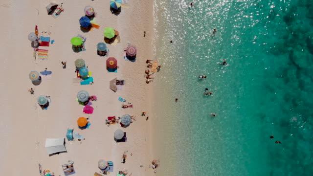 beach from above - mar mediterraneo video stock e b–roll