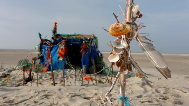 beach hut video