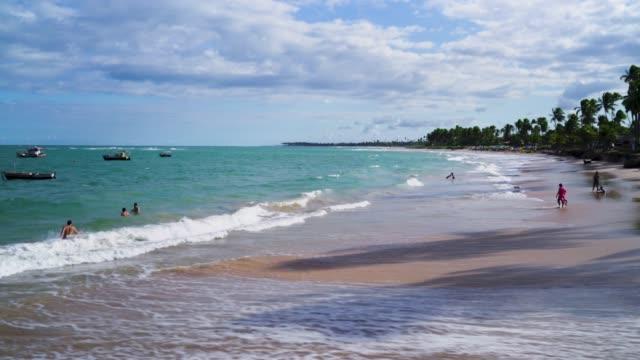 vídeos y material grabado en eventos de stock de playa de bahia, brasil - bahía