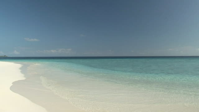 strand-loop - sound wave stock-videos und b-roll-filmmaterial