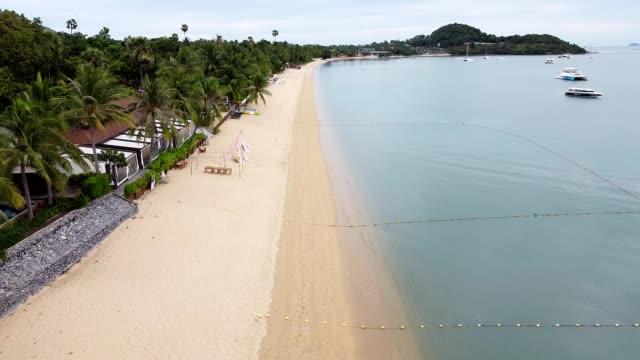 vídeos de stock e filmes b-roll de beach no people coronavirus covid 19 shut down - passagem de ano