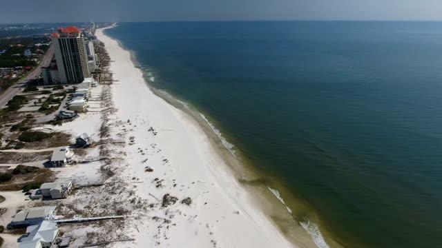 beach shoreline - alabama stok videoları ve detay görüntü çekimi