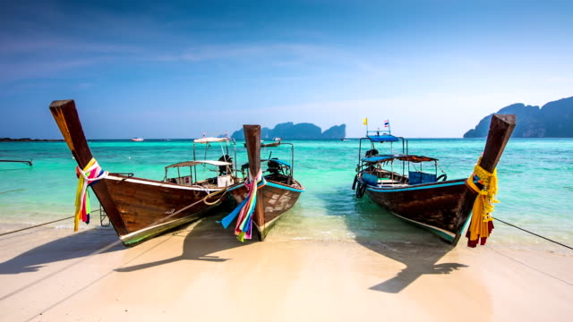 spiaggia in thailandia - phuket video stock e b–roll