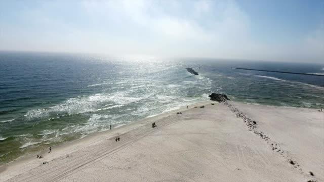 stockvideo's en b-roll-footage met strand water golven - gulf coast states