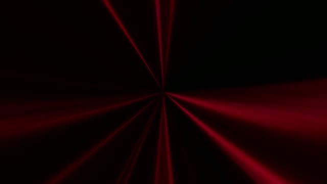 vídeos de stock e filmes b-roll de beams motion party illumination red gleaming lines - laser