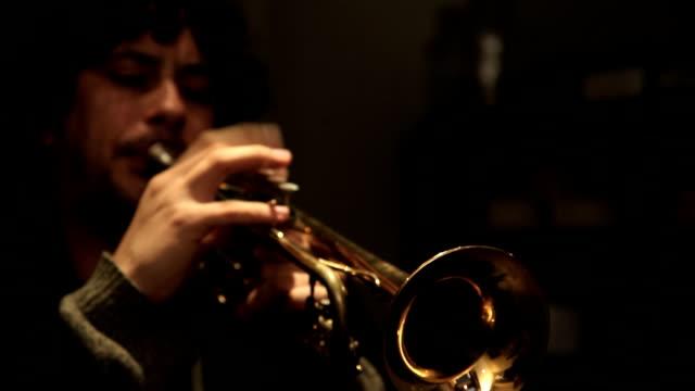 Beatnik Trumpet Player video