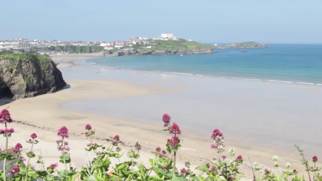 Beautiful 4K landscape view of an enchanting Cornish beach and town video