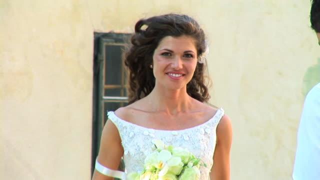 HD: Beautiful Bride video