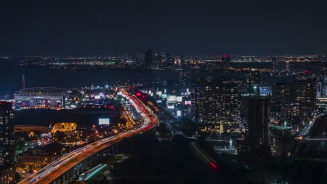 beautiful city sunset - онтарио канада стоковые видео и кадры b-roll