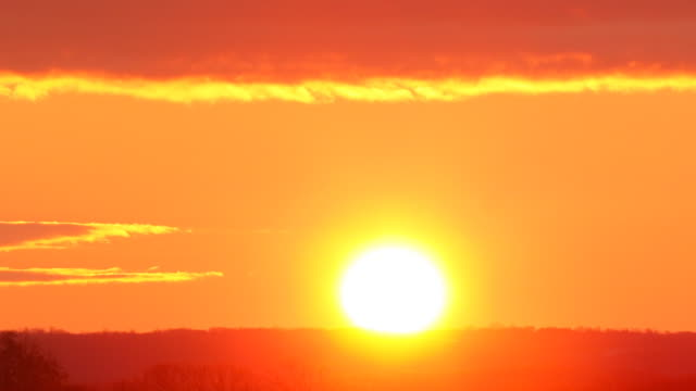 Beautiful Clean Sunrise. HQ 4:4:4 RGB video