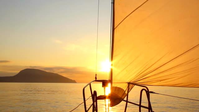 beautiful dawn sailing video