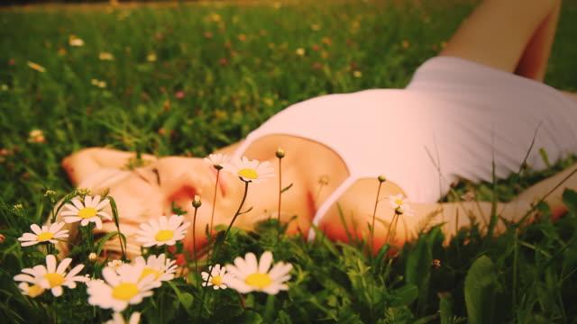 HD DOLLY: Beautiful Dreams Among Daisies video