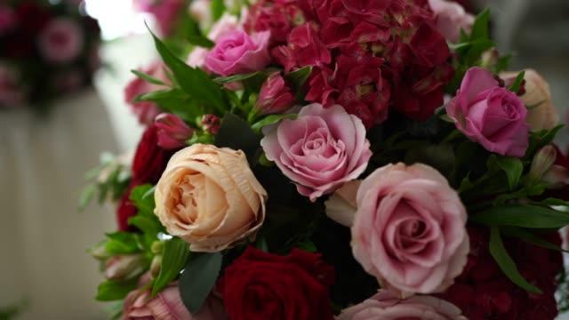 結婚式のための美しい花の装飾 - 結婚式点の映像素材/bロール