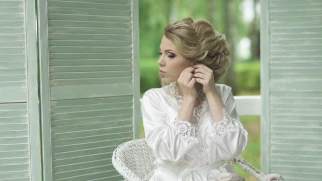 beautiful girl dress earrings video