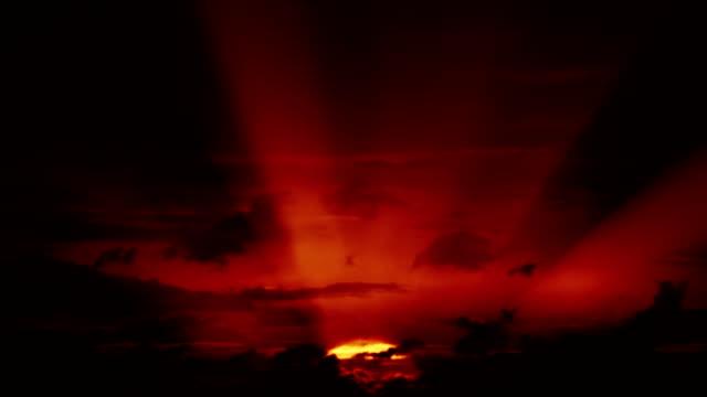 Beautiful HD sunrise with big sun video