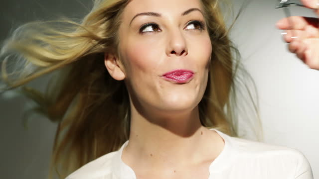 Beautiful Make Up video