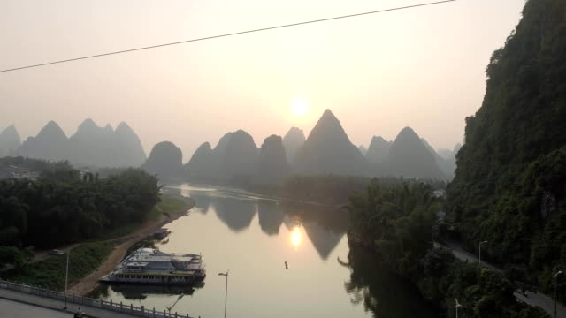 Beautiful Natural Landscapes of Guilin video