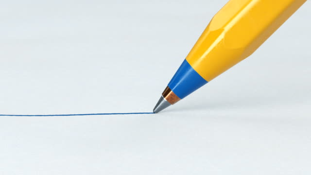 vídeos de stock e filmes b-roll de beautiful pen close-up drawing blue line on clear paper sheet. looped 3d animation. abstract writing and drawing process. business and design concept. - caneta
