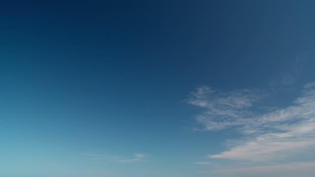 hd: beautiful remote beach - tilt down stock videos & royalty-free footage
