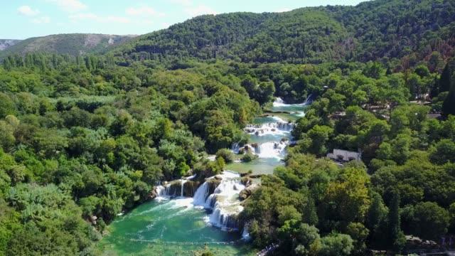 beautiful river waterfalls - хорватия стоковые видео и кадры b-roll