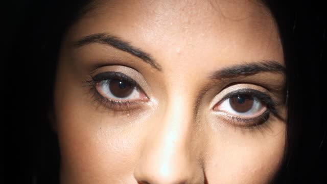 CU Beautiful striking eyes video