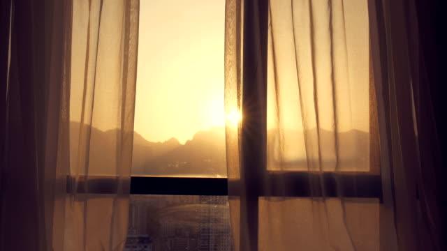 vackert solljus genom gardin - brun beskrivande färg bildbanksvideor och videomaterial från bakom kulisserna
