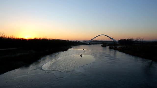 beautiful sunset - fast kamera bildbanksvideor och videomaterial från bakom kulisserna