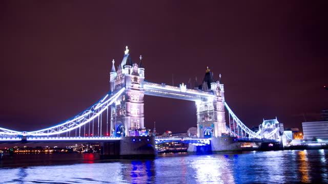 HD TIME LAPSE: Beautiful Tower Bridge At Night video
