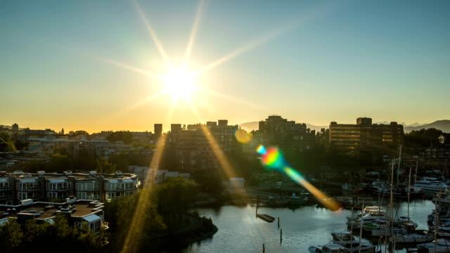 schönen vancouver sonnenuntergangszeit hinfällig, 4 k 1080p - vancouver kanada stock-videos und b-roll-filmmaterial