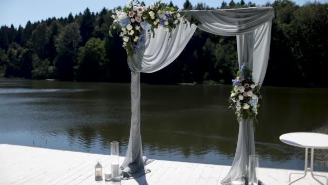 美麗非常時尚的拱門,舉行隆重的婚禮。 - thank you background 個影片檔及 b 捲影像