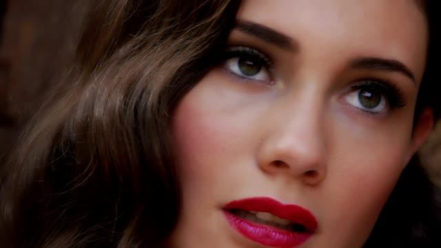 Beautiful Woman video