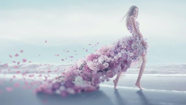 beautiful women in flower dress - modelka i model filmów i materiałów b-roll