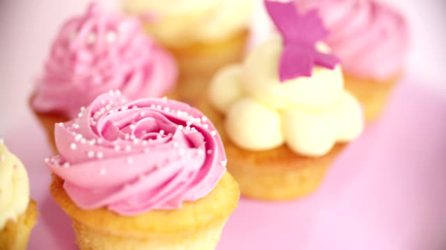 Beautifully decorated pink and white cupcakes video