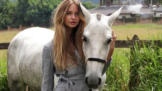 Beauté et cheval - Vidéo