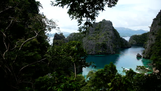 beautyful lagoon in the islands, Philippines video