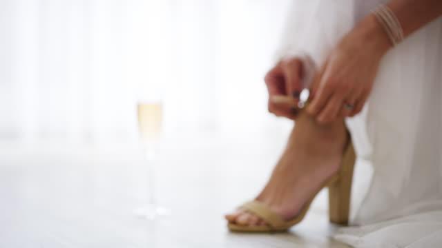 eftersom bruden förtjänar det bästa - människofot bildbanksvideor och videomaterial från bakom kulisserna