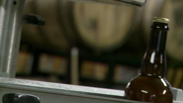 Bottiglie di birra 03L passeggero - video