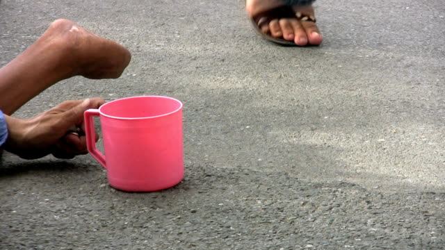 Beggar With A Pink Cup video