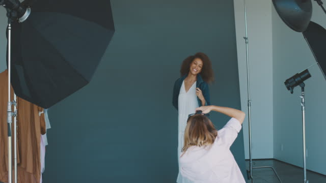 Behind the scenes on a fashion photoshoot video