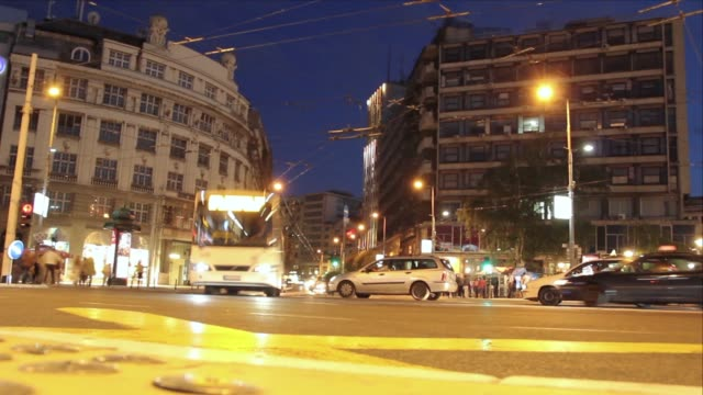 Belgrade the city center, the flow of people and vehicles, Time Lapse video