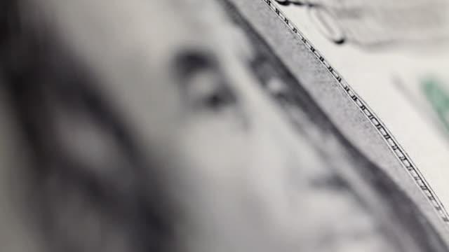 Benjamin Franklin on 100 bill video