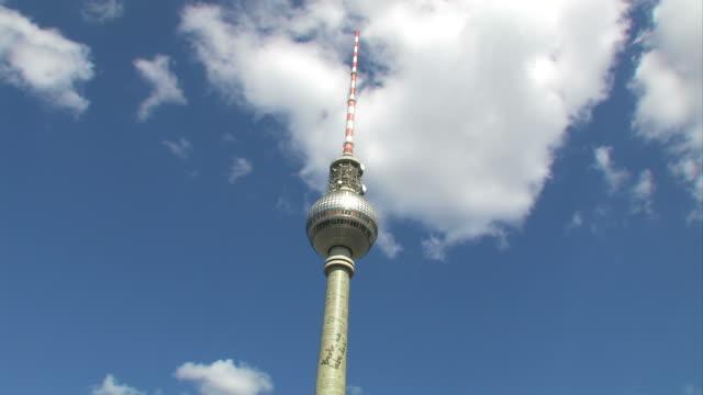 Berlin Alexanderplatz - Fernsehturm video